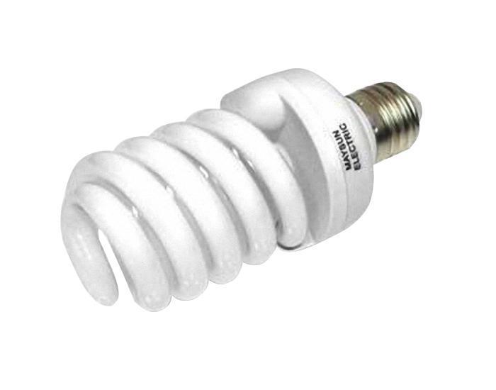 Лампа энергосберегающая Estares Спираль, теплый белый свет, цоколь Е27, 32W10242Энергосберегающая лампа Estares Спираль теплого света способствует расслаблению, ее лучше использовать в спальнях, местах отдыха. Сфера применения энергосберегающей лампы Estares та же, что и у лампы накаливания, но данная лампа имеет ряд преимуществ: температура колбы ниже, чем у ламп накаливания, что позволяет использовать энергосберегающие лампы в тканевых абажурах без риска их выцветания и возникновения пожара; полностью заменяет галогенные и обычные лампы накаливания. Лампа обладает высоким индексом цветопередачи Ra >80. Это означает, что все цвета объектов, освещаемые лампой, выглядят естественно и натурально. Лампа оборудована системой плавного запуска, позволяющего лампе загораться постепенно в течение 1-2 секунд. Электронное пускорегулирующее устройство не вызывает стробоскопического эффекта при работе лампы, что оказывает благоприятное воздействие на глаза человека и его нервную систему.