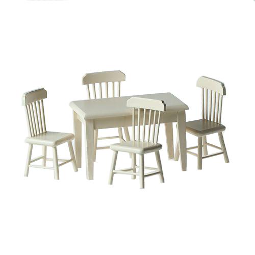 Миниатюра кукольная Art of Mini Стол и стулья, цвет: кремовый, 5 предметовAM0102007Миниатюра кукольная Art of Mini Стол и стулья изготовлена из дерева в масштабе 1:12. Изделие выполнено в виде обеденного стола и четырех стульев. Кукольная миниатюра представляет собой целый мир с собственной модой, историей и законами. В нашей стране кукольная и историческая миниатюра только набирает популярность, тогда как в других государствах уже сложились целые традиции по созданию миниатюр. Создание миниатюр сводится к правильному подбору всех элементов интерьера согласно сюжетному и историческому контексту. Очень часто наборы кукольных миниатюр передается от поколения к поколению. И порой такие коллекции - далеко не детская забава, а настоящее серьезное хобби для взрослых. Стильные, красивые маленькие вещички и аксессуары интересно расставлять по своим местам, создавая необычные исторические, фантазийные и классические инсталляции различных эпох. Такая миниатюра прекрасно подойдет для украшения кукольных домиков, а также для оформления работ в...