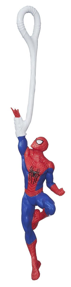 Фигурка Spider-Man, 15 см. A6284_А6286A6284E27_А6286Фигурка Spider-Man станет прекрасным подарком для вашего маленького героя. Она выполнена из прочного яркого пластика в виде знаменитого супергероя - Человека-паука. Каждая фигурка воплощает в жизнь одну из уникальных возможностей супергероя (стреляет паутиной, раскачивается на канате или может прилипать к поверхности). Ваш ребенок будет часами играть с этой фигуркой, придумывая различные истории с участием любимого героя. Человек-паук - супергерой, получивший суперсилу, увеличенную ловкость, паучье чутье, а также способность держаться на отвесных поверхностях и выпускать паутину из рук. Теперь он готов наказать злодеев, которые покушаются но покой его родного города!