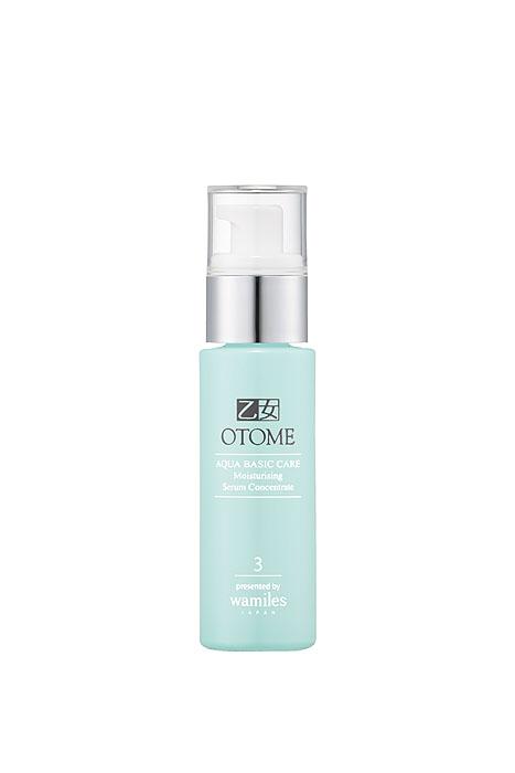 Otome Сыворотка для лица Aqua Basic Care, увлажняющая, 47 мл30084Увлажняющая сыворотка-концентрат Otome Aqua Basic Care интенсивно увлажняя на всех уровнях, эффективно восстанавливает даже обезвоженную кожу. Входящие в состав церамиды, гиалуроновая кислота, гидролизованный эластин и коллаген, а также многочисленные экстракты лекарственных трав восстанавливают водный баланс кожи, улучшая барьерные функции, оздоравливают клетки кожи. Уникальная сыворотка-концентрат снимает раздражение, отлично насыщает кожу влагой и способствует ее удержанию длительное время, поддерживая структуру межклеточной жидкости, разглаживает морщины, вызванные сухостью. Мгновенно наделяет лицо свежестью и сиянием! Рекомендуется использовать всю серию Otome Aqua Basic Care. Способ применения : равномерно нанести на лицо. Кончиками пальцев делать паттинг, как бы «вбивая» средство в кожу. Для лучшего результата использовать утром и вечером. Товар сертифицирован.