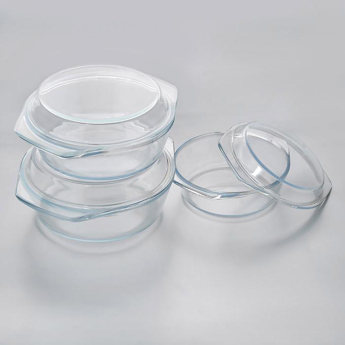 Набор кастрюль для СВЧ Termax, 6 предметов. 1005TM1005TMНабор Termax состоит из трех круглых кастрюль для СВЧ с крышками. Кастрюли изготовлены из термостойкого стекла. Стекло - самый безопасный для здоровья материал. Посуда из стекла не вступает в реакцию с готовящейся пищей, а потому не выделяет никаких вредных веществ, не подвергается воздействию кислот и солей. Из-за невысокой теплопроводности пища в стеклянной посуде гораздо медленнее остывает. Стеклянная посуда очень удобна для приготовления и подачи самых разнообразных блюд: супов, вторых блюд, десертов. Благодаря прозрачности стекла, за едой можно наблюдать при ее готовке, еду можно видеть при подаче, хранении. Используя кастрюлю, вы можете, как приготовить пищу, так и изящно подать ее к столу, не меняя посуды. Благодаря гладкой идеально ровной поверхности посуда легко моется. Можно использовать в микроволновых печах и морозильных камерах. Можно мыть в посудомоечной машине.