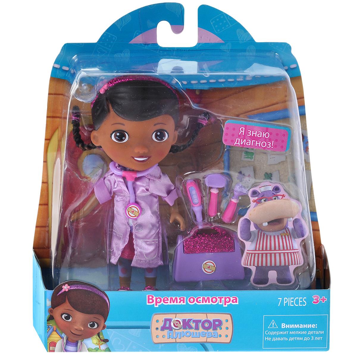 Доктор Плюшева Игровой набор с куклой Время осмотра цвет халата сиреневый90045Кукла Disney Доктор Плюшева. Время осмотра привлечет внимание вашей малышки и подарит много часов, посвященных игре с ней. Она выполнена из пластика и пластизоля в виде персонажа популярного мультсериала Доктор Плюшева - девочки Дотти. Она очень добрая, приветливая и всегда готова вылечить любую игрушку. Кукла одета в футболку, юбку и медицинский халатик. В комплект также входят четыре медицинских инструмента, чемоданчик доктора и картонная фигурка бегемотихи. Игра с куклой разовьет в вашей малышке тактильную чувствительность и воображение, а также чувство ответственности и заботы. Порадуйте свою принцессу таким великолепным подарком!