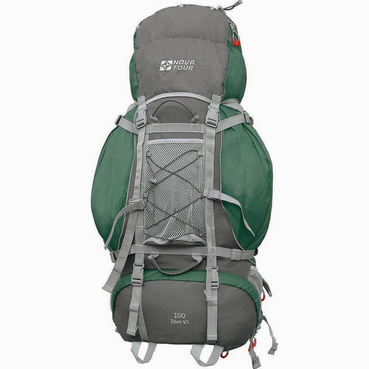 Рюкзак туристический Nova Tour Тибет 100 V2, цвет: серый, зеленый. 11193-350-0011193-350-00Прочный рюкзак большого объема для классического туризма. Вы можете не ограничивать себя в количестве вещей, ведь этот рюкзак с двумя вместительными карманами на молнии, сетчатыми карманами для фляги и мелочей по обеим бокам рюкзака, а также объемным клапаном. Ваша спина не устанет во время длительных переходов с удобной подвесной системой, разработанной специально для переноски тяжелых грузов. Удобство при погрузке рюкзака в транспорт обеспечивают три усиленных ручки. Если в пути застанет дождь или снег не беда! В специальном кармане на дне рюкзака упакован непромокаемый гермочехол. На концах боковых стяжек имеются липучки для закрепления излишков стропы. Особенности: Прочная ткань с непромокаемой пропиткой. Сетчатый материал, отводящий влагу от вашего тела. Применяется на лямках, спинках и поясе рюкзака. Светоотражающий кант - для обеспечения безопасности в темное время суток. Съемный чехол для защиты от влаги и грязи, размещенный в...