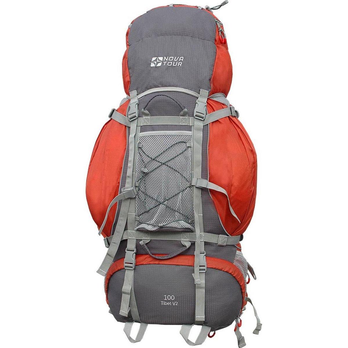 Рюкзак туристический Nova Tour Тибет 100 V2, цвет: серый, терракотовый. 11193-258-0011193-258-00Прочный рюкзак большого объема для классического туризма. Вы можете не ограничивать себя в количестве вещей, ведь этот рюкзак с двумя вместительными карманами на молнии, сетчатыми карманами для фляги и мелочей по обеим бокам рюкзака, а также объемным клапаном. Ваша спина не устанет во время длительных переходов с удобной подвесной системой, разработанной специально для переноски тяжелых грузов. Удобство при погрузке рюкзака в транспорт обеспечивают три усиленных ручки. Если в пути застанет дождь или снег не беда! В специальном кармане на дне рюкзака упакован непромокаемый гермочехол. На концах боковых стяжек имеются липучки для закрепления излишков стропы. Особенности: Прочная ткань с непромокаемой пропиткой. Сетчатый материал, отводящий влагу от вашего тела. Применяется на лямках, спинках и поясе рюкзака. Светоотражающий кант - для обеспечения безопасности в темное время суток. Съемный чехол для защиты от влаги и грязи, размещенный в...