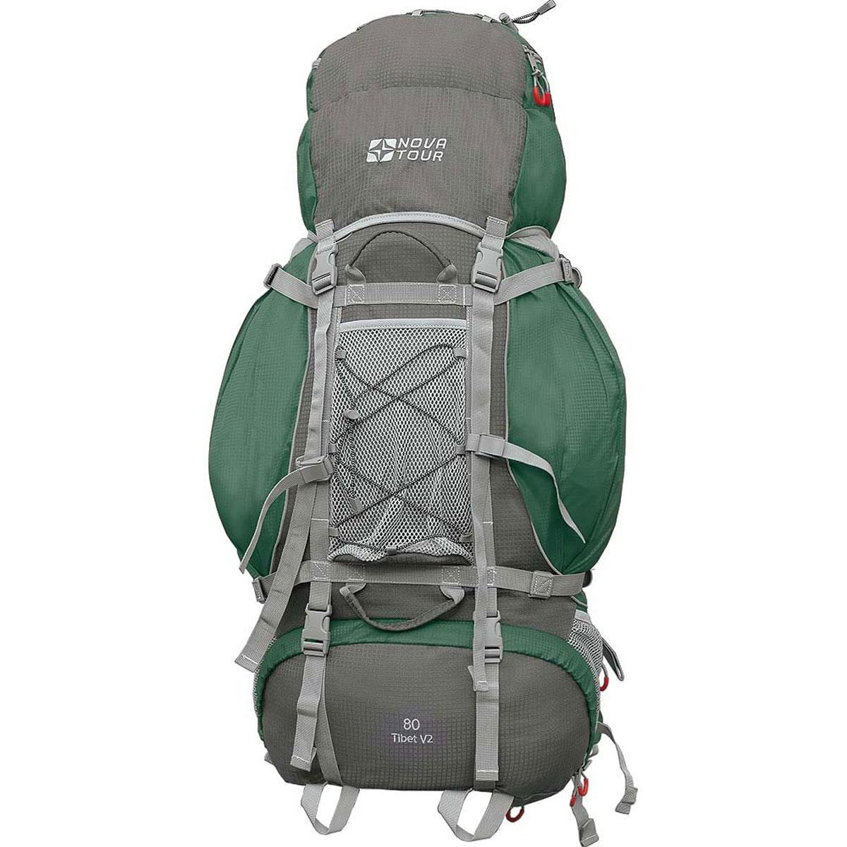 Рюкзак туристический Nova Tour Тибет 80 V2, цвет: серый, зеленый. 11183-350-0011183-350-00Прочный рюкзак большого объема для классического туризма. Вы можете не ограничивать себя в количестве вещей, ведь этот рюкзак с двумя вместительными карманами на молнии, сетчатыми карманами для фляги и мелочей по обеим бокам рюкзака, а также объемным клапаном. Ваша спина не устанет во время длительных переходов с удобной подвесной системой, разработанной специально для переноски тяжелых грузов. Удобство при погрузке рюкзака в транспорт обеспечивают три усиленных ручки. Если в пути застанет дождь или снег не беда! В специальном кармане на дне рюкзака упакован непромокаемый гермочехол. На концах боковых стяжек имеются липучки для закрепления излишков стропы. Особенности: Прочная ткань с непромокаемой пропиткой. Сетчатый материал, отводящий влагу от вашего тела. Применяется на лямках, спинках и поясе рюкзака. Светоотражающий кант - для обеспечения безопасности в темное время суток. Съемный чехол для защиты от влаги и грязи, размещенный в...