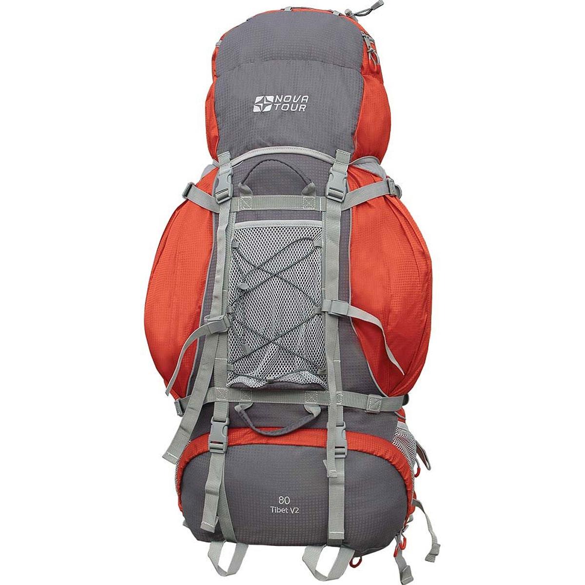 Рюкзак туристический Nova Tour Тибет 80 V2, цвет: серый, терракотовый. 11183-258-0011183-258-00Прочный рюкзак большого объема для классического туризма. Вы можете не ограничивать себя в количестве вещей, ведь этот рюкзак с двумя вместительными карманами на молнии, сетчатыми карманами для фляги и мелочей по обеим бокам рюкзака, а также объемным клапаном. Ваша спина не устанет во время длительных переходов с удобной подвесной системой, разработанной специально для переноски тяжелых грузов. Удобство при погрузке рюкзака в транспорт обеспечивают три усиленных ручки. Если в пути застанет дождь или снег не беда! В специальном кармане на дне рюкзака упакован непромокаемый гермочехол. На концах боковых стяжек имеются липучки для закрепления излишков стропы. Особенности: Прочная ткань с непромокаемой пропиткой. Сетчатый материал, отводящий влагу от вашего тела. Применяется на лямках, спинках и поясе рюкзака. Светоотражающий кант - для обеспечения безопасности в темное время суток. Съемный чехол для защиты от влаги и грязи, размещенный в...