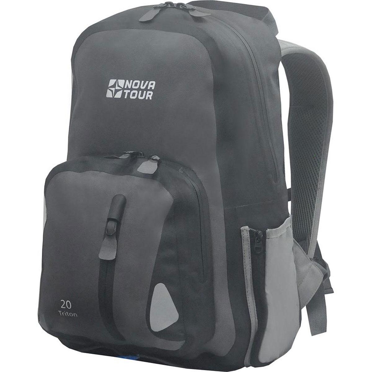 Рюкзак водонепроницаемый Nova Tour Тритон 20, цвет: серый. 95141-906-0095141-906-00Компактный рюкзак для ношения спортивной одежды и всего необходимого для тренировок на свежем воздухе. Вам больше не нужно переживать по поводу содержимого рюкзака, если на велопрогулке застанет дождь – все молнии на рюкзаке водонепроницаемы. Объем: 20 литров.