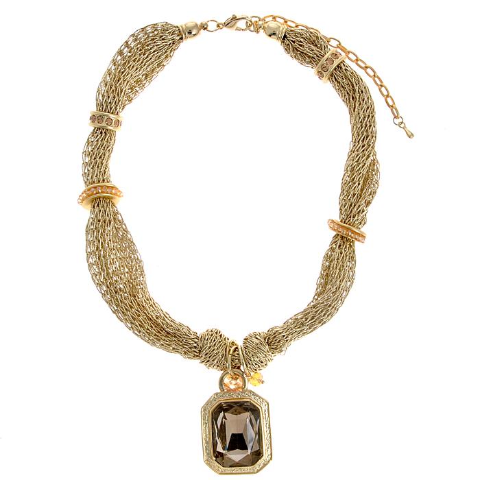 Колье Fashion Jewelry, цвет: золотистый, бежевый. AH71168AH71168Колье Fashion Jewelry представляет собой текстильный широкий шнурок оригинального плетения с декоративными элементами и подвеской. Декоративные элементы, выполненные из металла и пластика, украшены стразами. Подвеска декорирована большим искусственным камнем. Колье имеет надежную застежку-карабин с регулирующей длину цепочкой. Колье Fashion Jewelry не только привлечет внимание окружающих, но и дополнит ваш образ и поможет создать свой неповторимый стиль. Характеристики: Размер подвески: 4,5 см х 2,8 см. Длина колье: 41 см - 50 см. Максимальная ширина колье: 3 см.