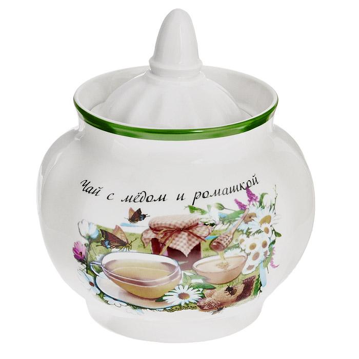 Сахарница Гранатовая Чай с медом и ромашкой, 600 мл. 102-006102-006Сахарница Гранатовая Чай с медом и ромашкой, изготовленная из фарфора, прекрасно впишется в интерьер вашей кухни и станет достойным дополнением к кухонному инвентарю. Сахарница оформлена ярким рисунком и надписью в виде рецепта чая, снабжена крышкой. Такая сахарница не только украсит ваш кухонный стол и подчеркнет прекрасный вкус хозяйки, но и станет отличным подарком. Не применять абразивные чистящие средства. Не использовать в микроволновой печи. Мыть с применением нейтральных моющих средств. Не рекомендуется использовать в посудомоечных машинах во избежание повреждения золотистой отводки посуды.