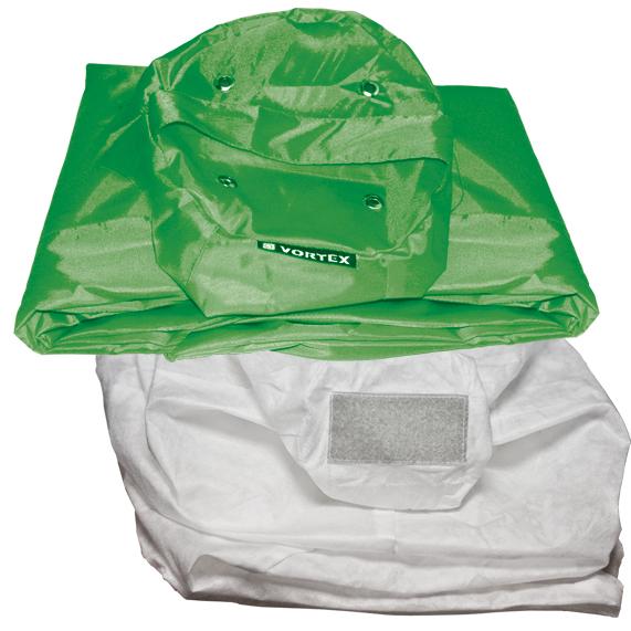 Комплект чехлов для кресла-мешка Orange, цвет: зеленый, 2 шт.52008Комплект чехлов для кресла-мешка Orange состоит из внешнего съемного мешка и внутреннего чехла для наполнителя. Чехлы имеют форму груши; изготовлены из оксфорда и спанбонда. Инструкция по применению: Открыть молнию внутреннего чехла, добавить во внутренний чехол наполнитель. Закрыть молнию внутреннего чехла, одеть внешний мешок. Изделие рекомендуется стирать при температуре 40°С. Запрещается отжим и сушка в стиральной машине, химчистка и отбеливание. Внимание! Наполнитель для внутреннего чехла не входит в поставку. УВАЖАЕМЫЕ КЛИЕНТЫ! Обращаем ваше внимание на то, что для сборки кресла-мешка требуется комплект чехлов и 2 мешка наполнителя.