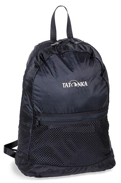 Городской рюкзак Tatonka Super Light, цвет: черный, 18 л. 2216.0402216.040Суперлегкий складной рюкзак. Идеален для случаев, когда вы приходите с пустыми руками, а уходите с полным рюкзаком. Или наоборот. Складывается в изящную поясную сумку, но в развернутом виде имеет вполне приличный объем. Особенности: Материал: 190T Nylon Taffeta; 420 HD Nylon. Легкий складной рюкзак. Интегрированная поясная сумка. Накладной сетчатый карман. Держатель для ключей. Ручка для переноски.