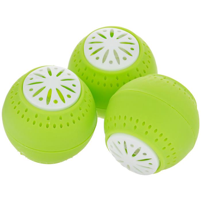 Поглотитель запаха Bradex Свежесть, 3 штTD 0027Как бы тщательно вы ни упаковывали продукты, со временем в холодильнике ароматы пищи перемешиваются между собой, образуя стойкий неприятный запах, избавиться от которого очень сложно. Разместите небольшие шарики Свежесть на полках холодильника и забудьте о режущих обоняние запахах. Свежесть не маскирует неприятные запахи, а устраняет их. Наполнитель шариков втягивает неприятные запахи, полностью нейтрализуя их. Одного комплекта шариков хватает на 2-3 месяца. Абсолютно безвредны для человека и животных.