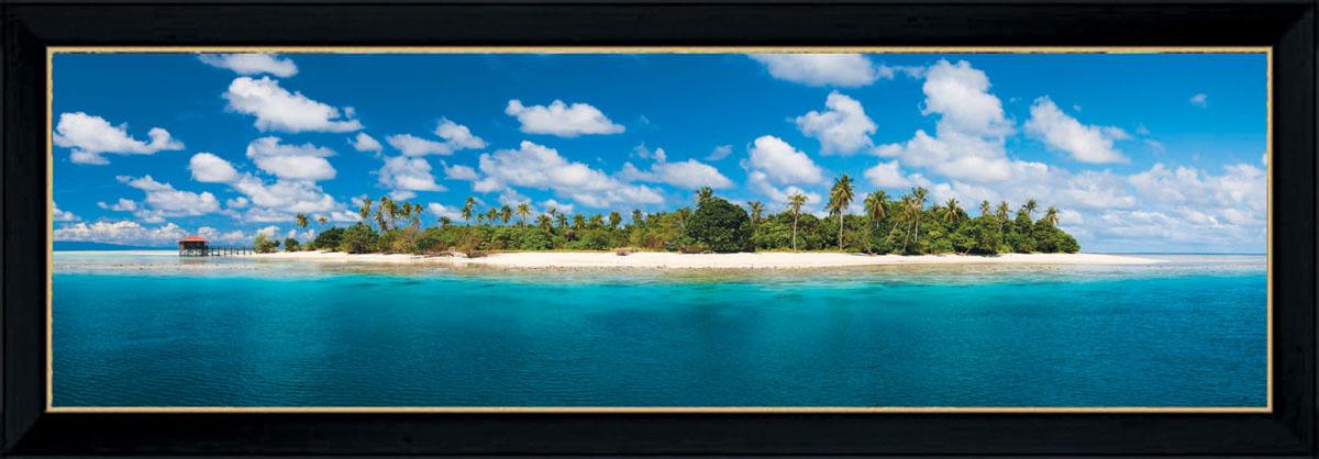 Постер в раме Postermarket Остров, 95 х 33 смPM-3304Картина для интерьера (постер) - современное и актуальное направление в дизайне любых помещений. Постер с красочным изображением острова оформлен в раму черного цвета, выполненную из пластика. Картина защищена прозрачным пластиком. С задней стороны имеются петельки для подвешивания к стене. Картина может использоваться для оформления любых интерьеров: - дом, квартира (гостиная, спальня, кухня, прихожая, детская); - офис (комната переговоров, холл, кабинет); - бар, кафе, ресторан или гостиница. Картины, предоставляемые компанией Постермаркет: - собраны вручную из лучших импортных комплектующих; - надежно упакованы в пленку с противоударными уголками.