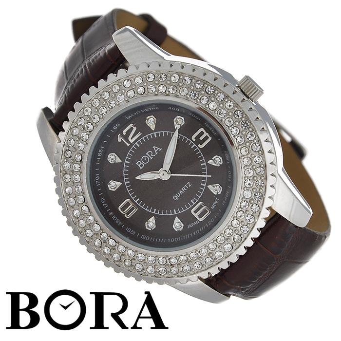 ���� ������� �������� Bora. FWBR055L / T-B-3192-WATCH-BROWN - BoraFWBR055L / T-B-3192-WATCH-BROWN�������� ������� ���� Bora �������� �������� ��������� ���������� Seiko Instruments. ������ ����� �������� �� ������� � �������������� ��������� PDV � ������������� �������� Svarovski. ������ ������ ������� ����������� �� ����������� �����. ��������� �������� ��������� ������� � ������� �� ��������, � ������� ����� ��������� - �������, �������� � ���������. ������� � �������� ������� �������� � �������. ������� �� ����������� ���� ����������� ��������� ���� ���� ��������� � ����� ������������ ��������.