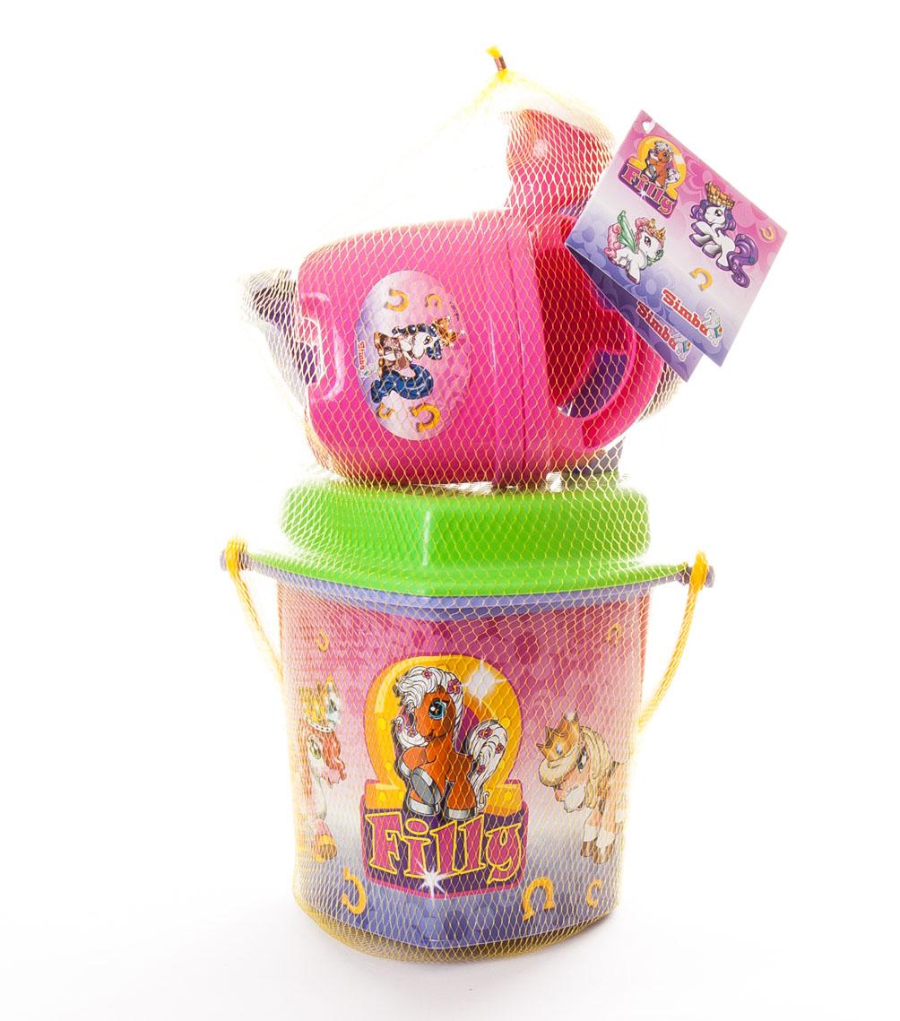 Набор для песочницы Filly, 6 предметов70-70Яркий набор для песочницы Filly, изготовленный из прочного безопасного пластика розового, сиреневого и салатового цветов, доставит много радости вашей принцессе. Набор включает в себя ведерко с ручкой, ситечко для просеивания песка, лопатку, грабельки, лейку и формочку в виде морской звезды. Элементы набора оформлены сказочными пони из королевства Filly. С набором для песочницы Filly ваша малышка будет часами занята игрой.