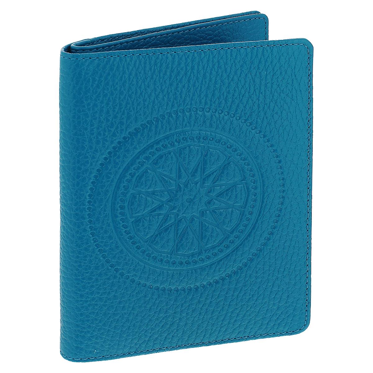 Бумажник водителя Askent Talisman, цвет: голубой. BV.49.SNBV.49.SN. голубойБумажник водителя Askent Talisman выполнен из натуральной кожи с декоративным тиснением в виде талисмана. На внутреннем развороте имеет отделение для паспорта на кнопке, три кармана из кожи, один полукарман из кожи, семь карманов для кредитных карт и внутренний блок из прозрачного пластика (6 карманов). Такой бумажник станет отличным подарком для человека, ценящего качественные и необычные вещи.