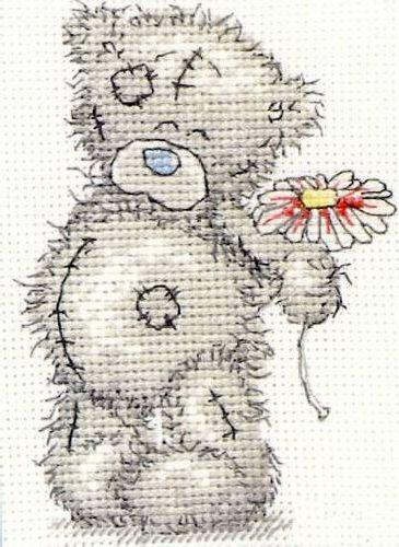 Набор для вышивания крестом Anchor Me to You. A Flower for You, 11 х 8 см TT01655001В наборе для вышивания Anchor Me to You. A Flower for You есть все необходимое для создания собственного чуда: канва, нитки мулине, игла, схема рисунка, инструкция. Работа, сделанная своими руками, создаст особый уют и атмосферу в доме, а также долгие годы будет радовать вас и ваших близких. Ведь вы выполните вышивку с любовью! В набор входят: - канва Aida 16 белого цвета (100% хлопок), - нитки Anchor 11 цветов (100% хлопок), - игла, - черно-белая схема, - инструкция (универсальная).