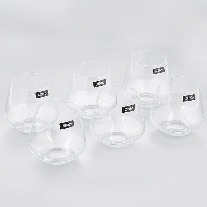 Набор стаканов Esprado Geo DEstilo, 390 мл, 6 штGD81C39E351Набор Esprado Geo DEstilo состоит из шести низких стаканов. Стаканы изготовлены из хрустального стекла или хрусталина, которое является более экологичной альтернативой знаменитому хрусталю, содержащему опасный для здоровья свинец. Хрустальное стекло имеет яркий блеск хрусталя, отличается высокой прозрачностью и тонкостью и при этом оно абсолютно безопасно и не содержит никаких вредных для человека веществ. Стаканы отличаются особой легкостью и прочностью, излучают приятный блеск и издают мелодичный хрустальный звон. Края стаканов имеют закаленный обод. Стаканы Esprado Geo DEstilo станут идеальным украшением праздничного стола и отличным подарком к любому празднику. Стаканы можно мыть в посудомоечной машине в щадящем режиме. Коллекция барного стекла Geo dEstilo - воплощение геометрии стиля: ее отличают безупречные пропорции и четкие, почти жесткие линии. Современный дизайн бокалов не оставит равнодушным ценителей строгой простоты и изящества в деталях. ...