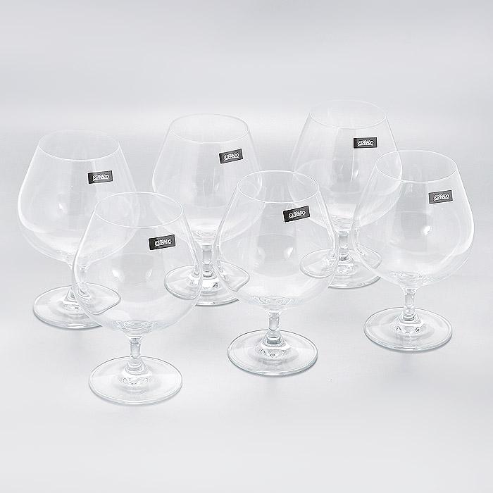 Набор бокалов для коньяка Esprado Familia, 660 мл, 6 штFM20C66E351Набор Esprado Familia состоит из шести бокалов для коньяка. Бокалы изготовлены из хрустального стекла или хрусталина, которое является более экологичной альтернативой знаменитому хрусталю, содержащему опасный для здоровья свинец. Хрустальное стекло имеет яркий блеск хрусталя, отличается высокой прозрачностью и тонкостью и при этом оно абсолютно безопасно и не содержит никаких вредных для человека веществ. Бокалы отличаются особой легкостью и прочностью, излучают приятный блеск и издают мелодичный хрустальный звон. Края бокалов имеют закаленный обод. Тонкие ножки бокалов, создающие ощущение хрупкости и изящества, большой литраж и европейский дизайн позволят сполна насладиться игрой напитка в бокале, его густотой, цветом и ароматом. Бокалы можно мыть в посудомоечной машине в щадящем режиме. Будь то обычный семейный ужин, торжество или романтический вечер вдвоем, элегантная коллекция Familia всегда будет к месту: подчеркнет важность момента и атмосферу домашнего...
