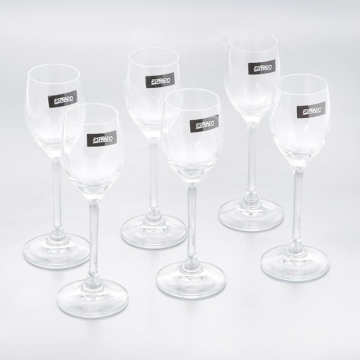 Набор рюмок для крепких напитков Esprado Fiesta, 60 мл, 6 штFS10C06E351Набор Esprado Fiesta состоит из шести рюмок для крепких напитков. Рюмки изготовлены из хрустального стекла или хрусталина, которое является более экологичной альтернативой знаменитому хрусталю, содержащему опасный для здоровья свинец. Хрустальное стекло имеет яркий блеск хрусталя, отличается высокой прозрачностью и тонкостью и при этом оно абсолютно безопасно и не содержит никаких вредных для человека веществ. Рюмки отличаются особой легкостью и прочностью, излучают приятный блеск и издают мелодичный хрустальный звон. Края рюмок имеют закаленный обод. Тонкие высокие ножки рюмок, создающие ощущение хрупкости и изящества, и европейский дизайн позволят сполна насладиться игрой напитка в бокале, его густотой, цветом и ароматом. Рюмки можно мыть в посудомоечной машине в щадящем режиме. Fiesta в переводе c испанского означает веселье, праздник. Раньше в средневековой Европе в фиесте, народном гулянии, участвовали все жители общины или городского квартала. В отличие...