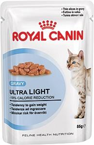 Консервы Royal Canin Ultra Light, для кошек, склонных к полноте, мелкие кусочки в соусе, 85 г8769Консервы Royal Canin Ultra Light являются идеально сбалансированным рационом для кошек старше 1 года, склонных к полноте. Излишний вес может нанести вред здоровью вашей кошки! Излишний вес у кошек обычно бывает вызван несбалансированностью между поступлением энергии (слишком большим количеством еды или высококалорийной диетой) и расходом энергии (недостаточной подвижностью). У взрослых кошек, особенно имеющих лишний вес, может развиться мочекаменная болезнь, возникающая из-за недостаточного потребления воды и редкого мочеиспускания Если при похудении используется питание с недостаточным содержанием белка, возможны потери не только жировой, но и мышечной массы кошки. -19% калорий. Влажный корм Ultra Light 10 помогает сократить количество спонтанно потребляемых кошкой калорий. L-карнитин стимулирует расщепление жиров. Поддержание мышечной массы. Способствует поддержанию мышечной массы кошки благодаря высокому содержанию биологически ценного...
