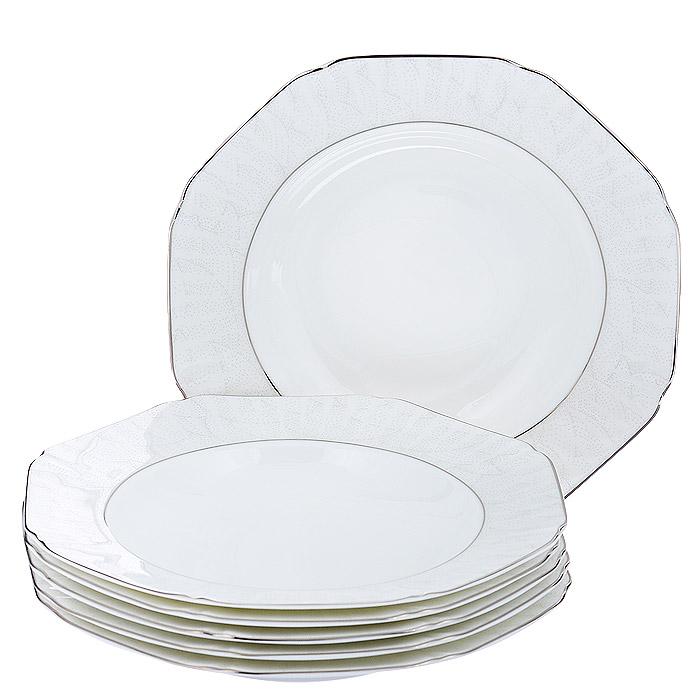 Набор суповых тарелок Esprado Lirio, цвет: белый, 6 штLR30B23E301Набор Esprado Lirio состоит из шести обеденных тарелок, выполненных из костяного фарфора. Основная составляющая костяного фарфора - костная зола и каолин. От содержания костной золы зависит белизна и прозрачность фарфора, который может содержать до 50% костяной золы. Родина костной золы, из которой производится посуда Esprado, - Великобритания, славящаяся сырьем высокого качества. Каолин, белая глина на основе природного минерала, поступает из Новой Зеландии, одного из наиболее экологически чистых регионов мира. Такое сочетание обеспечивает высокое качество материала и безупречный оттенок слоновой кости. Экологическая глазурь из Японии, высоко ценящаяся во всем мире, которой покрывается готовое изделие, позволяет добиться идеально ровного цвета и кристального блеска. В костяном фарфоре отсутствуют примеси кадмия и свинца, а потому он абсолютно нетоксичен и безопасен. Изделия украшены платиновой деколью, что делает посуду Esprado по-настоящему ...