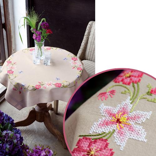 Скатерть для вышивания Vervaco Лилии, 80 см х 80 см7707638