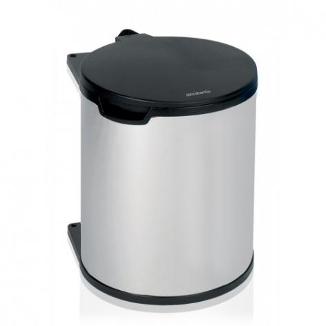 Ведро для мусора Brabantia, встраиваемое, 15 л418181Ведро для мусора Brabantia изготовлено из полированной стали с пластиковой крышкой, благодаря чему не подвержено коррозии. Съемное пластиковое ведро с ручкой легко содержать в чистоте. Ведро встраивается внутрь шкафа. Благодаря компактному дизайну оно легко впишется практически в любой кухонный шкаф. Механизм закрепляется на внутренней части шкафа. Подходит для дверей открывающихся влево и вправо. Фурнитура для монтажа в комплекте. Крышка открывается и закрывается автоматически при открытии/закрытии двери шкафа. Для модели подходят мусорные мешки Brabantia (размер D).