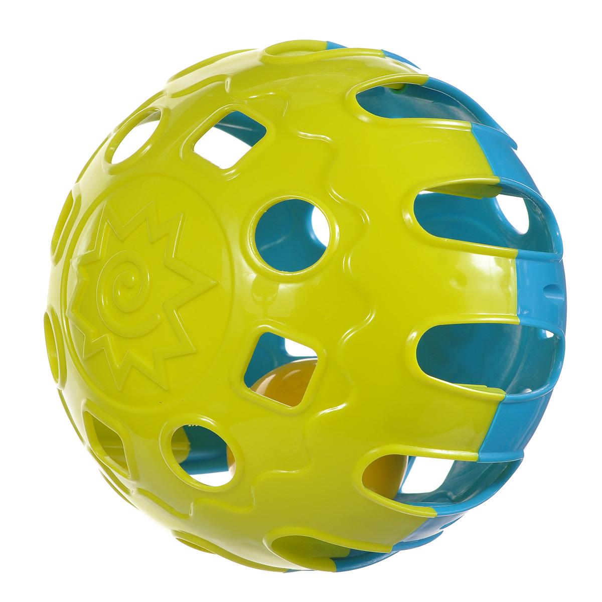 Игрушка-погремушка Happy Baby Шарик Jingle Ball, цвет: синий, желтый, 15 см330062Яркая игрушка-погремушка Happy Baby Шарик Jingle Ball привлечет внимание вашего малыша и не позволит ему скучать. Игрушка выполнена в виде рельефного шара лимонного и синего цветов, внутри которого расположен маленький шарик, гремящий при тряске. На шаре имеются отверстия в виде геометрических фигур. Игра с погремушкой поможет малышу развить цветовосприятие и звуковосприятие, восприятие формы и размера, мелкую моторику рук, первые навыки ползанья и концентрацию внимания.