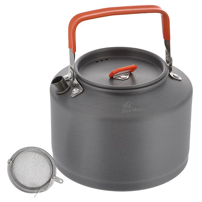 Чайник походный Fire-Maple Feast T4, 1,5 л. FMC-T4FMC-T4Яркий походный чайник Fire-Maple Feast T4 интересного дизайна изготовлен из анодированного алюминия. Ручка чайника и ручка крышки имеет термоизолирующие элементы для сохранения вашей безопасности от ожогов. Крышка чайника имеет пароотводящие отверстия. Носик чайника оснащен направляющей выемкой, для точного наливания кипятка. Компактный, прочный, легко моется. В комплект входит сито.
