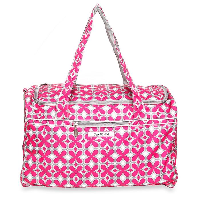 Ju-Ju-Be Сумка дорожная Pink Piwnheels цвет розовый серый13TD02A-9314Если вам нужна легкая сумка для путешествий, поездок за город или на фитнесс, значит, сумка Ju-Ju-Be Starlet - ваш идеальный вариант! В эту сумку поместится столько вещей, что вы будете удивлены. Выполнена сумка из мягкого водонепроницаемого материала с тефлоновой пропиткой внешней ткани. Предусмотрена светлая и яркая атласная подкладка с ионами серебра AgION, чтобы вы могли найти вещи легко и быстро. Сумка оснащена одним большим отделением на застежке-молнии с двумя бегунками, молния располагается в верхней части сумки, чтобы можно было легко посмотреть что внутри. Спереди предусмотрен карман на застежке-молнии, который идеально подойдет для паспорта, а сзади расположен вместительный карман на двойной застежке-кнопке. Для переноски имеются две удобные мягкие ручки. По бокам и снизу модель дополнена мягкими скрытыми вставками. Сумка легко складывается и не занимает много места. Вы сможете положить ее в чемодан и, возвращаясь обратно, сложить в нее покупки, сделанные на...