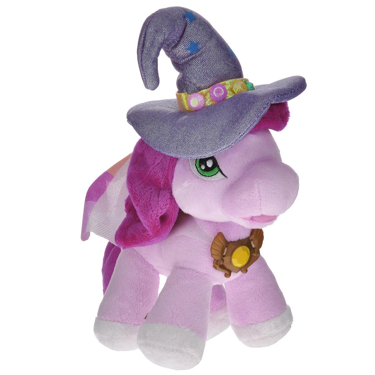 Мягкая игрушка Filly Лошадка Ведьма Кадабра, 30 см14-08Мягкая игрушка Filly Лошадка Ведьма Кадабра непременно понравится вашей малышке. Она выполнена из приятного на ощупь текстильного материала в виде лошадки Филли - Ведьмы Кадабры. У лошадки вышиты глазки, одета она в белый плащ с разноцветными вставками и пластиковой заколкой, на голове - сиреневая остроконечная шляпа с блестками. Игрушка подарит своему обладателю хорошее настроение и принесет много радости. Порадуйте своего ребенка таким замечательным подарком!