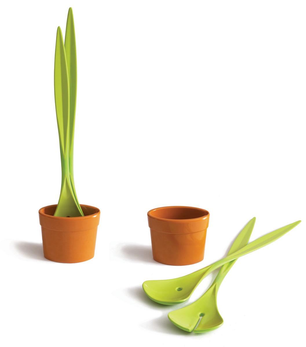 Набор ложек для салата Black+Blum Salad Plan, 3 предметаSP001Набор для салата Salad Plan состоит из двух салатных ложек и емкости для приготовления соуса. Набор выполнен из пищевого прочного пластика. Набор для салата Salad Plan станет незаменимым помощником в приготовлении пищи, а современный стильный дизайн позволит такому набору занять достойное место на вашей кухне, добавив интерьеру оригинальности и изысканности. Набор можно мыть в посудомоечной машине.