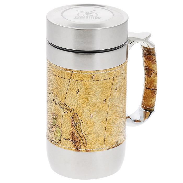 Кружка-термос Карта, 450 млEKTER-600Горячий чай или кофе согреет в любую погоду и прибавит бодрости. А с оригинальной дорожной термокружкой Экспедиция Файв-о-клок вы сможете наслаждаться этими напитками дома, в офисе, в машине или даже в поезде. Благодаря прочной двойной колбе из нержавеющей стали термокружка долгое время сохраняет тепло. Для удобства использования термокружка и ее ручка обвернуты вставкой с изображением карты из кожзаменителя, что позволяет держать в руках кружку без риска обжечься. Специальное съемное ситечко для заваривания чая дает возможность заваривать чай непосредственно в кружке. Плотная закручивающаяся крышка гарантирует, что вода из нее не протечет. Пейте вкусный и горячий чай! Высота термокружки (с крышкой): 16 см. Диаметр термокружки: 8 см.