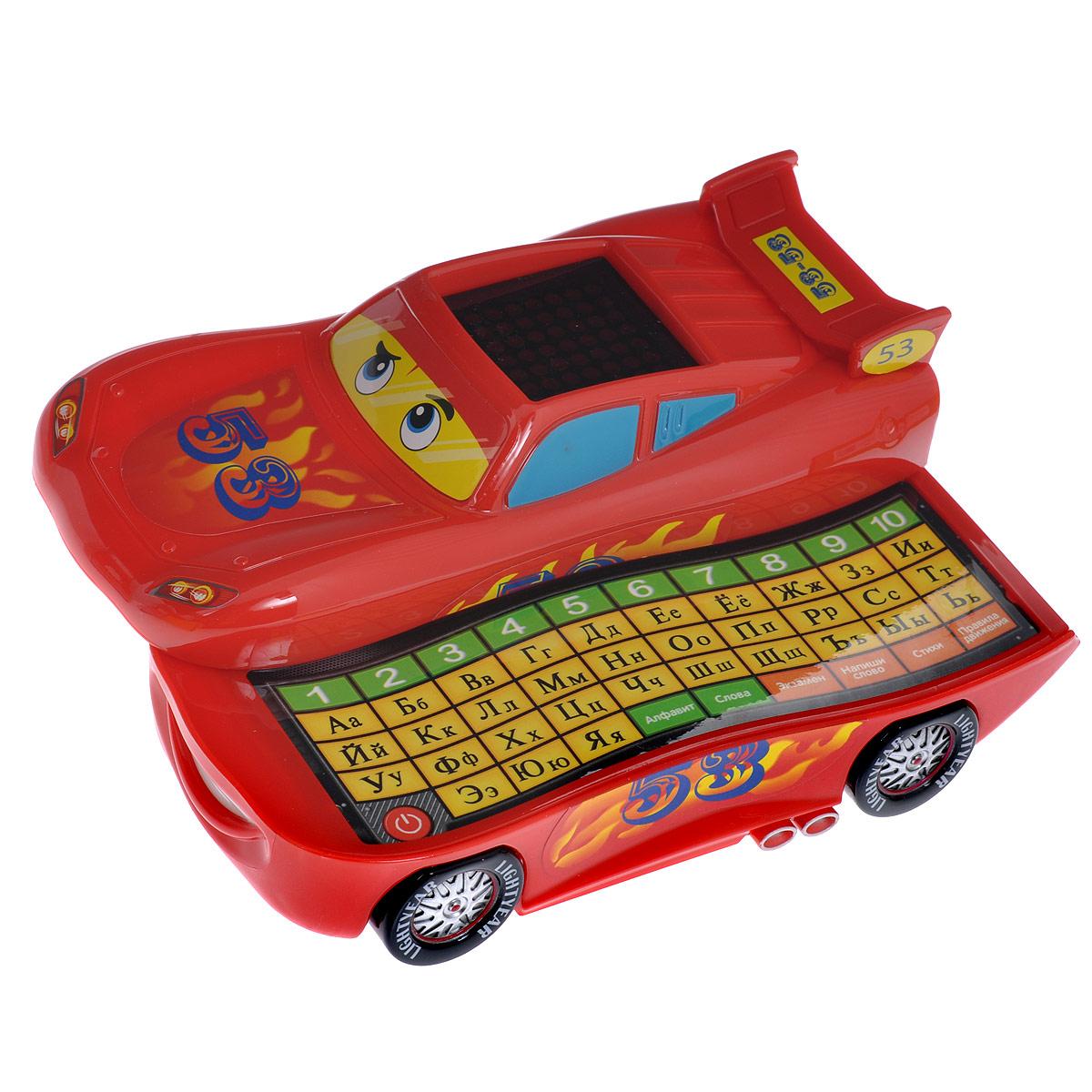 Обучающая игрушка Умка МашинкаQC1157RОбучающая игрушка-каталка Умка Машинка привлечет внимание вашего ребенка и не позволит ему скучать. Она выполнена из пластика ярких цветов в виде машинки Молнии МакКуина - персонажа популярного мультфильма Тачки. Верхняя часть игрушки сдвигается, открывая клавиатуру с цифрами от 1 до 10 и буквами от А до Я. На крыше машинки расположен квадратный дисплей, на котором будут высвечиваться буквы, цифры и другие символы в зависимости от выбранного режима. Игрушка работает в следующих режимах: алфавит, слова, экзамен, напиши слово, стихи и правила дорожного движения. С их помощью ребенок выучит буквы и цифры, пополнит словарный запас, разовьет музыкальные и сенсорные способности, наглядно-образное мышление и аттестационные способности. Веселая песенка про машинку несомненно поднимет малышу настроение. Порадуйте вашего ребенка таким замечательным подарком! Для работы игрушки необходимы 3 батареи напряжением 1,5V типа АА (товар комплектуется демонстрационными).