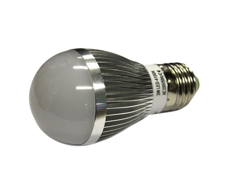 Светодиодная лампа Luck & Light, холодный свет, цоколь E27, 3WB3W-CСветодиодная лампа Luck & Light инновационный и экологичный продукт, специально разработанный для эффективной замены любых видов галогенных или обыкновенных ламп накаливания во всех типах осветительных приборов. Основные преимущества лампы Luck & Light: Экономия до 80 % энергии. Средний срок службы 30000 ч. Характеристики: Материал: пластик, металл. Размеры лампы: 10 см х 5 см х 5 см. Размеры упаковки: 10,5 см х 6 см х 6 см. Гарантия производителем: 2 года.