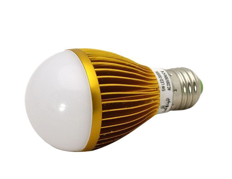 Светодиодная лампа Luck & Light, теплый свет, цоколь E27, 5WB5W-WСветодиодная лампа Luck & Light инновационный и экологичный продукт, специально разработанный для эффективной замены любых видов галогенных или обыкновенных ламп накаливания во всех типах осветительных приборов. Основные преимущества лампы Luck & Light: Экономия до 80 % энергии. Средний срок службы 30000 ч.
