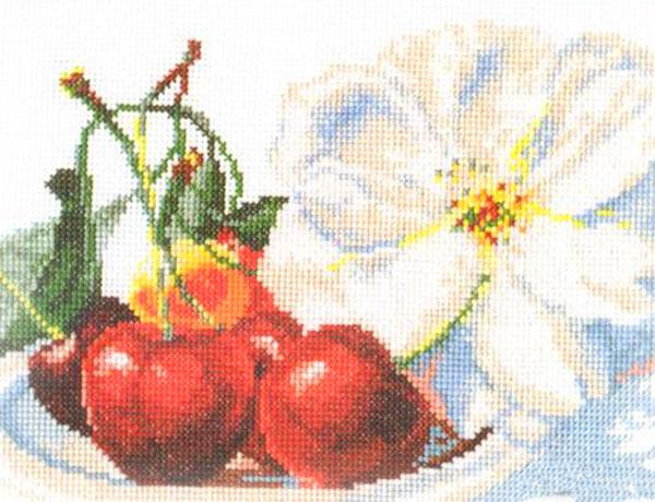 Набор для вышивания крестом Черешня, 22 x 15 см661059