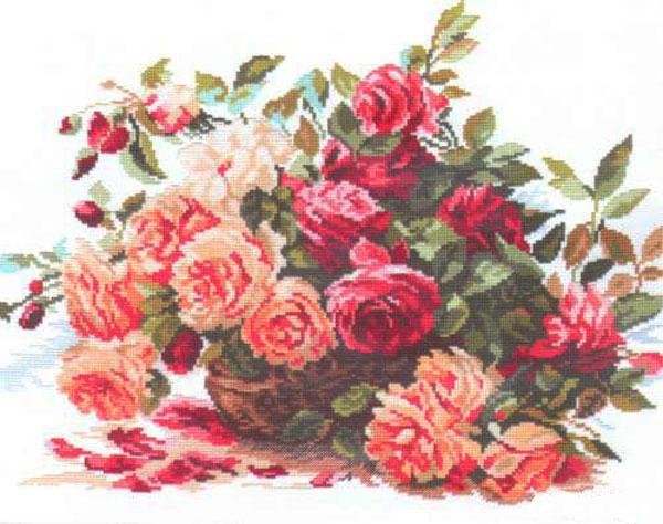 Набор для вышивания крестом Алиса Розы, 40 см х 30 см661074Набор для вышивания крестиком Алиса Розы позволит вам создать собственными руками красивую картинку. Набор включает в себя все материалы, необходимые для работы: - канва Aida Gamma (39 см х 39,5 см); - нитки-мулине Gamma (26 цветов); - цветная схема; - игла Gamma; - инструкция. Красивый и стильный рисунок-вышивка выглядит оригинально и всегда модно. Работа, сделанная своими руками, создаст особый уют и атмосферу в доме, и долгие годы будет радовать ваших близких.