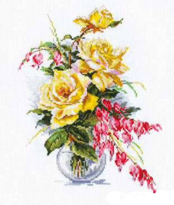 Набор для вышивания крестом Желтые розы, 21 см х 29 см661141Набор для вышивания крестом Желтые розы поможет создать красивую вышитую картину. Рисунок-вышивка, выполненный на канве, выглядит стильно и модно. Вышивание отвлечет вас от повседневных забот и превратится в увлекательное занятие! Работа, сделанная своими руками, не только украсит интерьер дома, придав ему уют и оригинальность, но и будет отличным подарком для друзей и близких! Набор для вышивания содержит все необходимые материалы для вышивки на канве в технике счетный крест. В состав набора входит: - канва Аида Gamma белого цвета (100% хлопок), - мулине Gamma (27 цветов), - игла, - символьная схема, - подробная инструкция на русском языке.