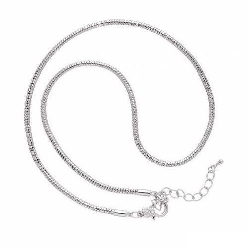 Основа для ожерелья Glorex, цвет: серебряный, 45 см685297Основа Glorex, изготовленная из блестящего металла, предназначена для изготовления ожерелья. Оснащена карабином. Изготовление украшений - это занимательное хобби, это реализация творческих способностей рукодельницы, это возможность создания неповторимого индивидуального подарка.