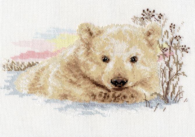 Набор для вышивания крестом Алиса Северный медвежонок, 27 см х 16 см694799Набор для вышивания крестиком Алиса Северный медвежонок позволит вам создать собственными руками красивую картинку. Набор включает в себя все материалы, необходимые для работы: - канва Aida Gamma (37,5 см х 30,5 см); - нитки-мулине Gamma (17 цветов); - цветная схема; - игла Gamma; - инструкция. Красивый и стильный рисунок-вышивка выглядит оригинально и всегда модно. Работа, сделанная своими руками, создаст особый уют и атмосферу в доме, и долгие годы будет радовать ваших близких.