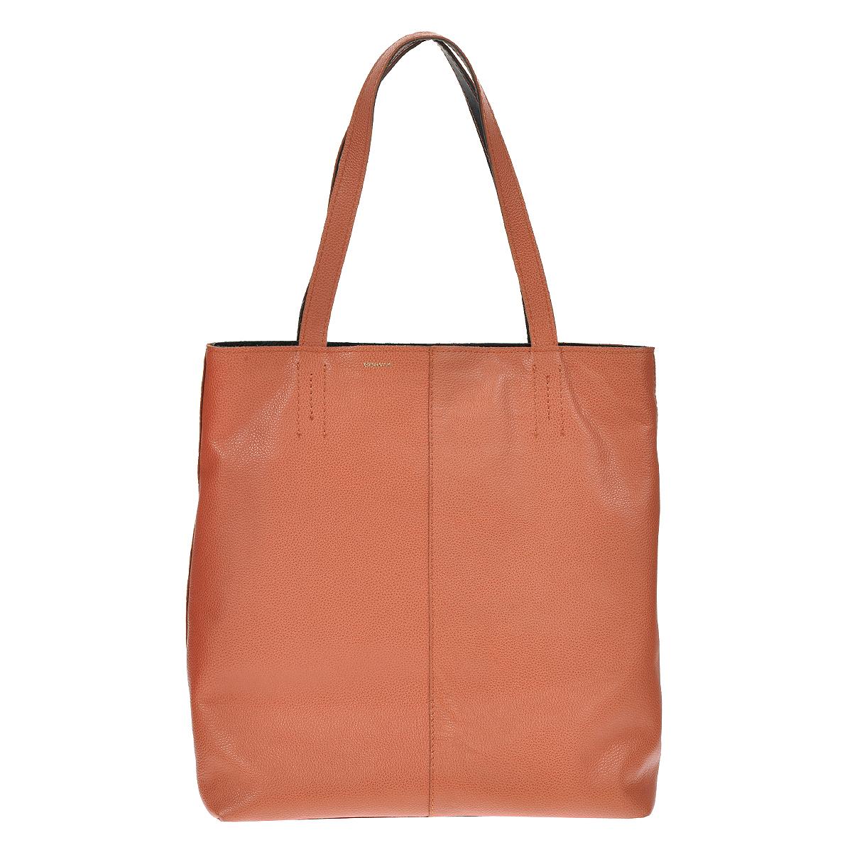 Сумка женская Dimanche Shop Bag, цвет: коралловый. 433433Стильная женская сумка Dimanche Shop Bag выполнена из натуральной высококачественной кожи. Сумка имеет одно отделение и закрывается на застежку-молнию. Внутри - два кармана на молнии и один открытый кармашек. Сумка оснащена двумя удобными ручками, позволяющими носить ее на плече. Сумка упакована в фирменный текстильный мешок. Сумка женская Dimanche Shop Bag подчеркнет вашу яркую индивидуальность и сделает образ завершенным. Характеристики: Размер сумки: 40 см х 37 см х 12 см.
