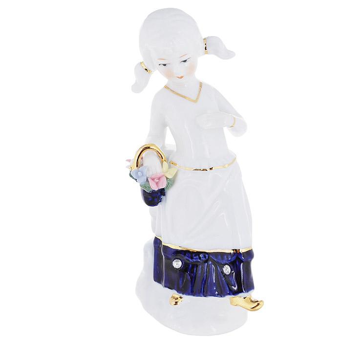 Фигурка декоративная Molento Девочка с корзиной, высота 15 см554-064Декоративная фигурка Molento Девочка с корзиной, изготовленная из высококачественного глянцевого фарфора и украшенная стразами, выполнена в виде девушки с корзинкой. Такая фигурка станет отличным дополнением к интерьеру. Вы можете поставить фигурку в любом месте, где она будет удачно смотреться, и радовать глаз. Кроме того, фигурка Девочка с корзиной станет чудесным сувениром для ваших друзей и близких.