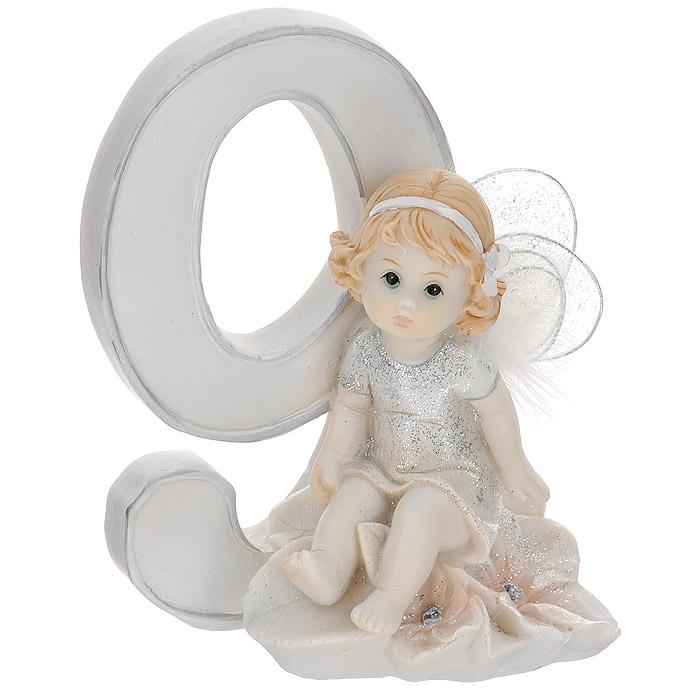 Статуэтка Molento Именинный ангелочек. 9 лет514-962Статуэтка Molento Именинный ангелочек. 9 лет, выполненная из полистоуна, станет отличным подарком для вашего малыша! Все мы знаем, как порой непросто бывает выбрать подходящий подарок к тому или иному торжеству, а декоративные статуэтки Molento всегда были и останутся оригинальным подарком. Этот вид сувенира нельзя назвать бесполезной вещью. Статуэтка может стать великолепным украшением интерьера. Статуэтка является подарком на все времена, подобная вещь никогда не выйдет из моды. Спустя годы она будет только радовать владельца своими изящными формами и плавными линиями.