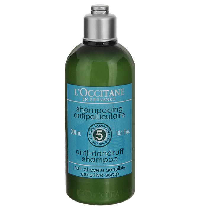 Шампунь LOccitane, против перхоти, 300 мл304365Смягчающий и балансирующий шампунь Loccitane для чувствительной кожи головы содержит балансирующий комплекс из пяти эфирных масел (можжевельник, чайное дерево, тимьян, лимон, перец) и высокоэффективные вещества для борьбы с перхотью. Смягчает кожу головы, дарит волосам здоровье и блеск. Натуральная пенная основа, не содержит парабенов, силиконов, синтетических красителей.