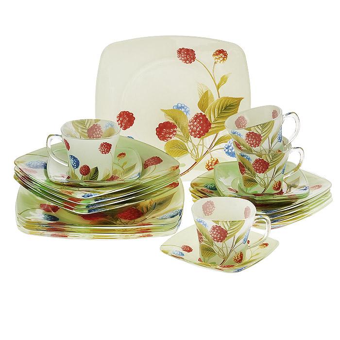 Набор посуды Ягоды, 20 предметов10153Набор посуды Ягоды состоит из 4 суповых тарелок, 4 обеденных тарелок, 4 десертных тарелок, 4 блюдец, 4 чашек. Изделия выполнены из высококачественного стекла и оформлены изображением ягод. Столовый набор эффектно украсит стол к обеду, а также прекрасно подойдет для торжественных случаев.