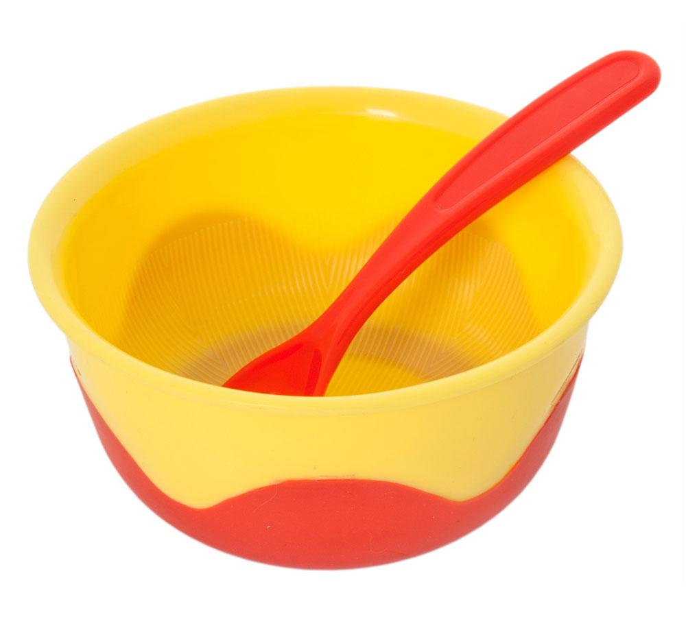 Тарелка Курносики, с нескользящим дном и ложкой, цвет: желтый, красный17339Яркая глубокая тарелочка Курносики идеально подойдет для кормления малыша и самостоятельного приема им пищи. Тарелочка выполнена из прочного пищевого пластика. Она подходит для горячей и холодной пищи. Тарелочка имеет нескользящее дно, что очень удобно для малыша и минимизирует проливание на стол. Шероховатое дно тарелки поможет маме растереть крупные кусочки пищи. В комплекте с тарелкой предусмотрена ложечка. Не содержит бисфенол А. Рекомендуемый возраст от 4 месяцев.