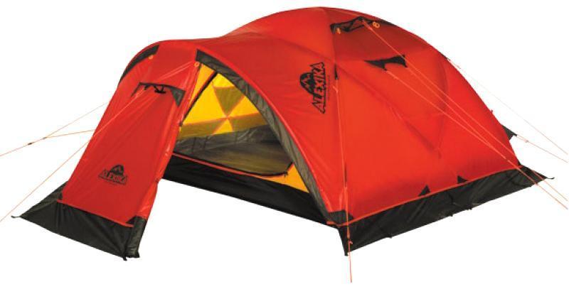 Палатка Alexika Mirage 49101.4103Отличная экспедиционная палатка с повышенной ветроустойчивостью каркаса и внешнего тента предназначена для организации высокогорных базовых лагерей и длительной эксплуатации в тяжелых погодных условиях. Имеется большой тамбур для снаряжения. В палатке при необходимости могут разместиться 5 человек. 4-х местная эволюция отлично зарекомендовавшей себя палатки MIRAGE 3. Вес: 6,6 кг. Количество мест: 4. Сезонность: зима. Размер: 395 x 210 x 120 см. Размер в чехле: 20 x 52 см. Материал тента: Nylon 30D 250T RipStop Silicon 3000 mm. Материал дна: Polyester 150D Oxford PU 6000 mm. Внутренняя палатка: есть. Материал дуг: Alu 8.5 mm. Ветроустойчивость: высокая. Количество входов: 2. Цвет: красный. Область применения: экстрим. Технологии: Пропитка, задерживающая распространение огня. Швы герметизированы термоусадочной лентой. Узлы палатки, испытывающие высокие нагрузки, усилены более прочной тканью....