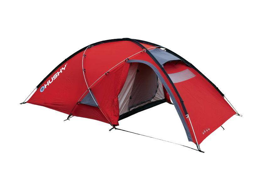 Палатка Husky Felen 2-3 Red, цвет: красныйУТ-000048324Трехсезонная просторная палатка Felen 2-3 отлично подойдет для путешествий. Палатка отличается хорошей устойчивостью, имеет два входа и просторный тамбур. В комплекте компрессионный мешок. Особенность конструкции платки состоит в системе фиксации несущих дуг благодаря внешней конструкции. Эта система основывается на карманах из ткани, сквозь которые продеваются дуги и петлях из усиленного пластика. Такой вид фиксации позволяет легко и быстро поставить палатку даже в экстремальных погодных условиях. Палатка комплектуется алюминиевыми колышками и комплектом для ремонта. Характеристики: Размер палатки: 120 см x 165 см х 340 см. Размер спального места: 210 см х 150 см. Материал внешнего тента: 210Т Polyester Ripstop с полиуретановым покрытием 6000 мм/см2. Материал внутреннего тента: воздухопроницаемый нейлон 210T, вставки из противомоскитной сетки. Материал пола: 190Т Polyester с полиуретановым покрытием 10000 мм/см2. Вес: 4,4 кг. ...